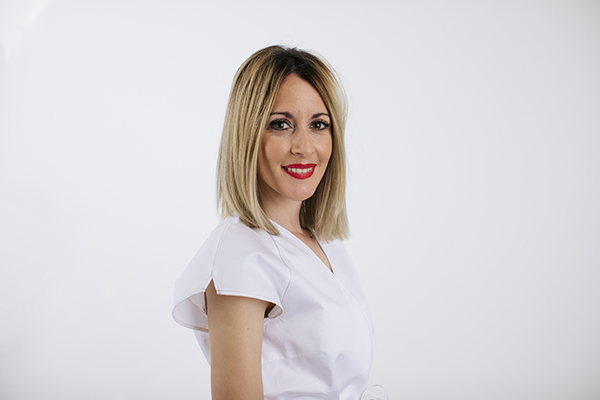Elisabeth-Ojeda-Suarez-Higienista-dental